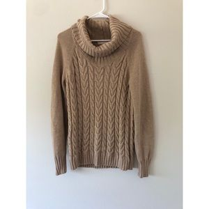 Banana Republic Cable Knit Chunky Sweater